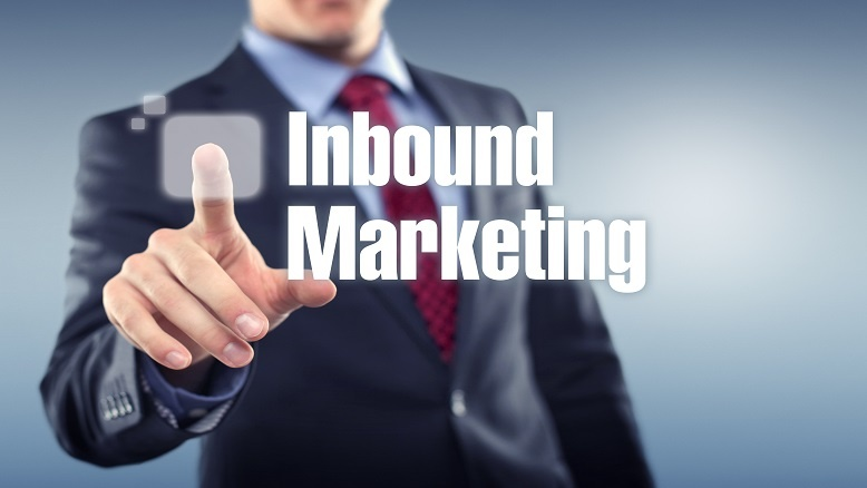 Marketing-manager-pressing-inbound-marketing-button.jpg